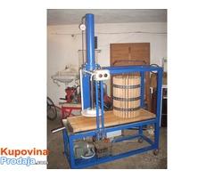 presa za cedjenje voca  hidraulicna