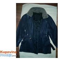 Zenska kozna jakna.