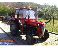 Na prodaju traktor 539