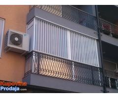Zatvaranje terasa providnim balonskim harmonika vratima