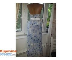 haljina duga plaviih cvetica prelepa