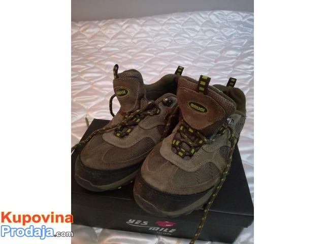 cipele decije marke BRUGI