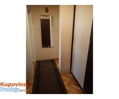 Prodajem jednoiposoban stan u Novom Sadu - Fotografija 4/8