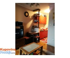 Prodajem jednoiposoban stan u Novom Sadu