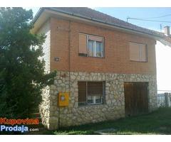 Kuća u Sremskoj Kamenici (Novi Sad)