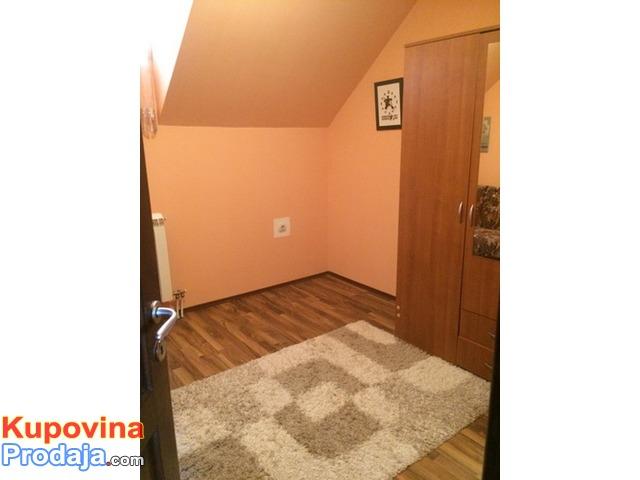 Prodajem dvosoban stan u Borci 48 kvm