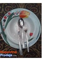 komplet kvalitetnih tanjira sa priborom