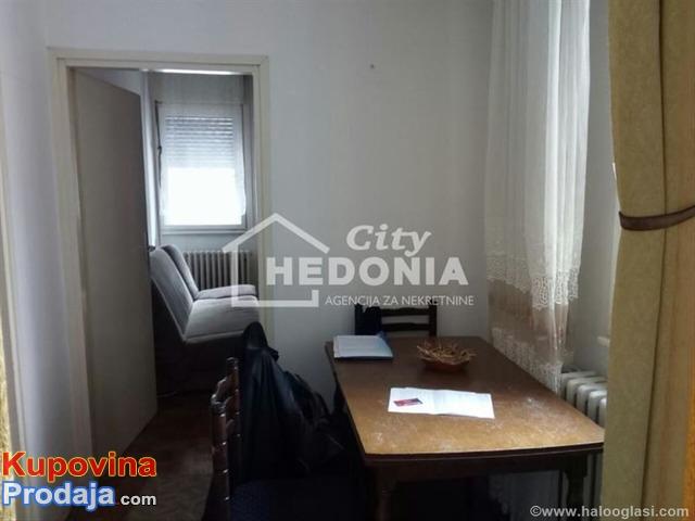 prodajem 1,5 stan u Mirijevu ulica 16 oktobar