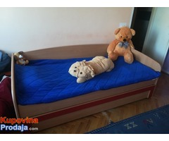 Krevet sa fiokom