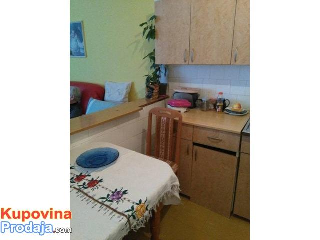 Prodajem stan u Kragujevcu