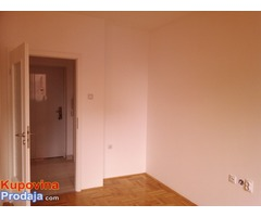 Prodajem odlican dvosoban stan u Nišu