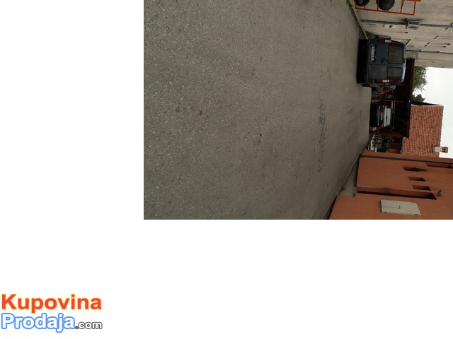 Na prodaju kuca  u Lazarevcu