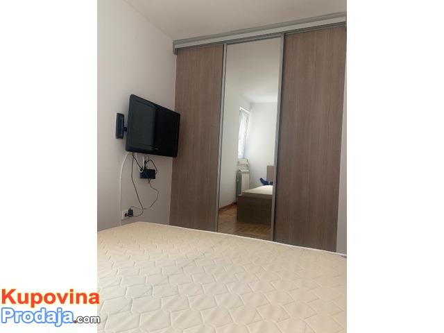 Četvorosobni stan, Beograd-Vračar, 75m2, izdajem