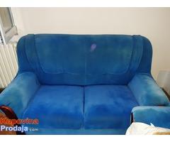 Prodajem komplet garnituru (trosed,dvosed,fotelja)