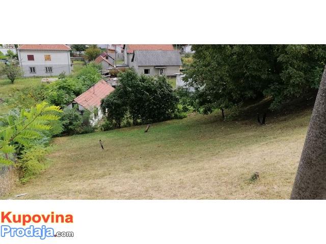 Prodajem plac u Beogradu