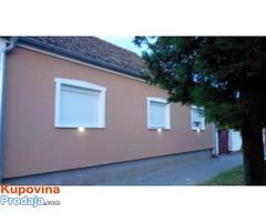 Prodajem kompletno renoviranu kuću u Bečmenu