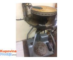Mašina Ketlerica za spajanje pletiva