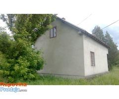 Prodajem kuću u Crvenoj reci
